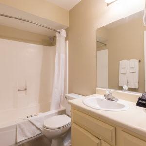 2 story condo upstairs bath